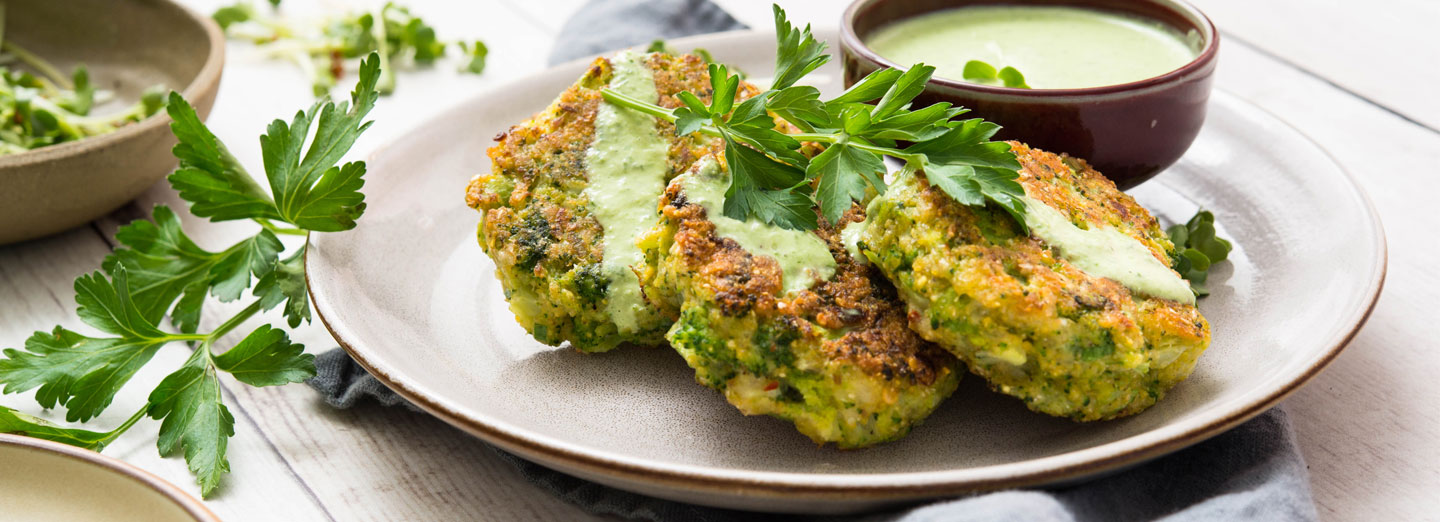 Broccoli Cakes with Herb-Yogurt Dipping Sauce