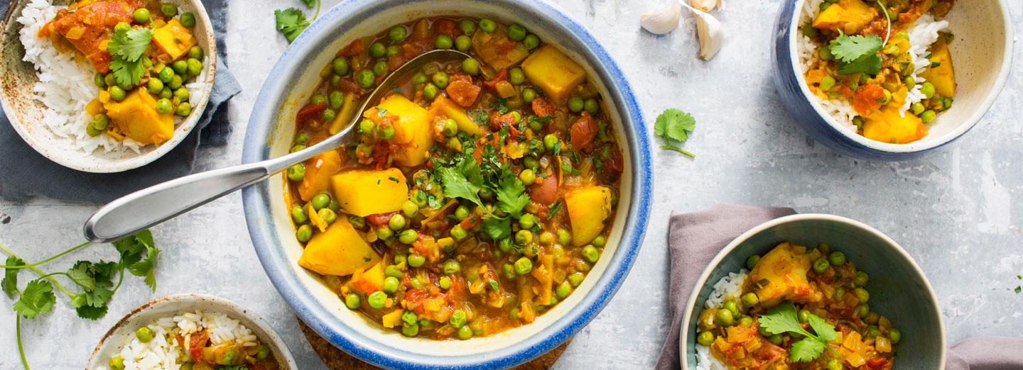 Masala-Spiced Pea and Potato Curry (Aloo Matar)