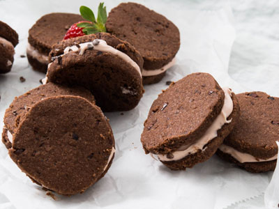 Cocoa Shortbread Sandwich Cookies with Strawberry-Mascarpone Filling